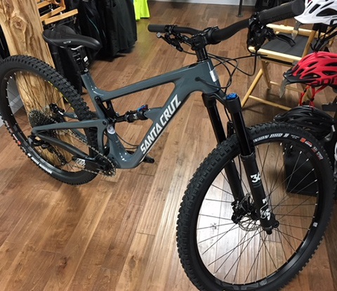 Santa Cruz Hightower LT Carbon Mountain Bike